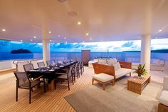 Senses-Deck-Dining