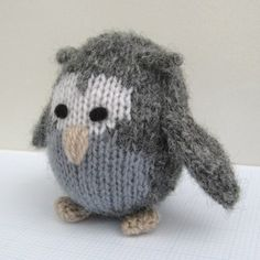How to make eyes for knitted toys