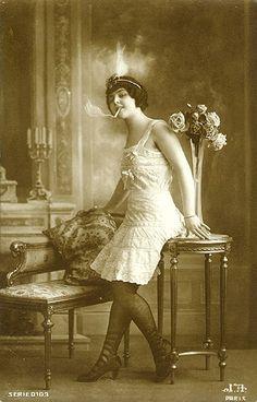 flapper girl circa 1920's