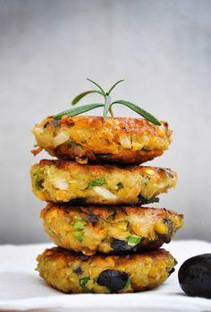 Chiftelute de linte cu masline si verdeturi Lentil Patties with Olives and Herbs recipe