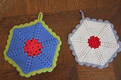 alipyper - free vintage crochet climbing trellis hexagon potholder pattern