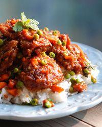 #SundaySupper Sweet & Sour Bangkok-Style Chicken with Chiles // What to Make w/ Chicken Breasts: http://www.foodandwine.com/slideshows/chicken-breasts #foodandwine