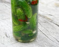 Quick fermented pickles from Tigress (easy to scale to the number of cukes you have)
