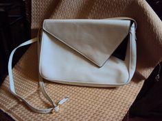 Salvatore Ferragamo Designer Crossbody Leather por PUEBLODOVEARTS, $95.00