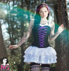 Vía Suicide Girls.  LOVE THE PURPLE AND I LOVE SUICIDE GIRLS