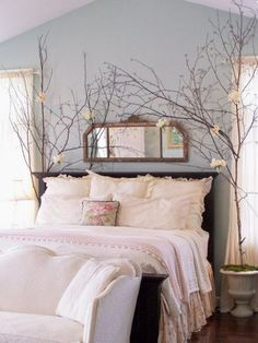 Oh my heavens!! I love these branches by the bed!! LOVE!