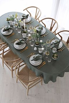 Green Christmas tabl