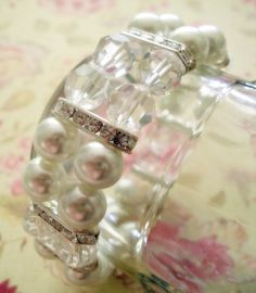 bracelet #jewelry #bracelet #howto #diy #tutorial #crystals #pearls #elastic #stretch