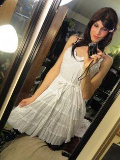 pretty, love her style