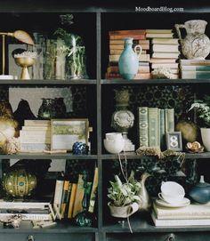 Shelf arrangement love