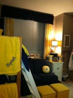 college dorm color schemes, decorating ideas, colleg readi, room storage, dorm rooms, futur room, small dorm, dorm idea, curtain