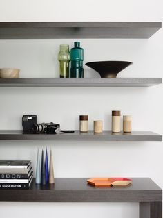 House & Apartment: ALH Resident, Excellent Home Redecoration by Mim Design. Wooden Open Shelves Design with Accessories