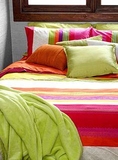 Chambre coucher on pinterest for Housse de couette simons
