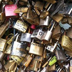 bucketlist, lock bridg, pari, die, locks, travel, bridges, place, thing