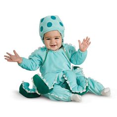 If your little one loves to wiggle, then he or she will look great wearing the Octopus Infant / Toddler Costume.
