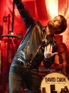 David Cook @ Keswick Theatre 12/4/11  BWAH! This pose is EPIC!