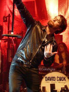 David Cook @ Keswick Theatre 12/4/11  BWAH! This pose is EPIC!