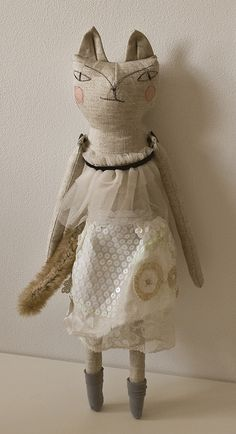 .cat doll