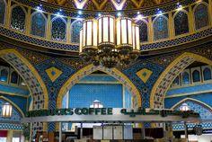 Inside the Starbucks store in the Ibn Battuta Mall in Dubai. favorit place, battuta mall, mall dubai, starbuck store, ibn battuta, starbucks store, coffee, ceilings, dubai starbuck
