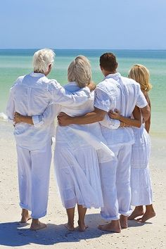 """Man in his 80s with """"severe dementia"""" returning to old self after starting coconut oil dementia-coconut-oil-family.."""