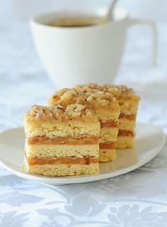 Tortelina: Pita sa jabukama i orasima
