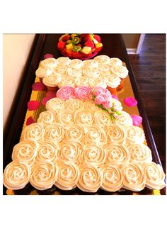 bridal shower cupcakes! Super cute idea