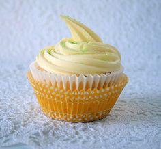 lemon cream gluten free cupcakes