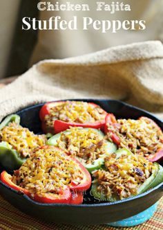 Chicken Fajitas Stuffed Peppers | from willcookforsmiles... #stuffedpeppers #chicken #chickenrecipe