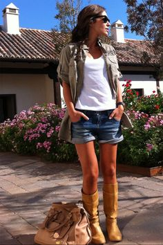 Paula Echevarría : Military & Boots