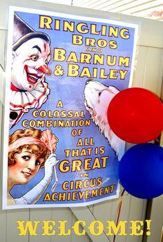 Love this circus poster #SocialCircus
