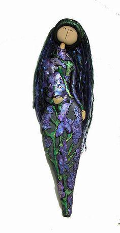 Lavender Greensleeves by aMused Creations, via Flickr