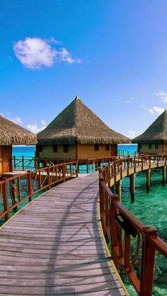World's most famous hotels -Kia Ora Hotel, French Polynesia