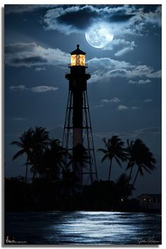 Hillsboro Lighthouse Moonrise 2013, Florida, USA.