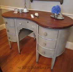 RPK Interiors: Kidney Shaped Vanity in French Linen