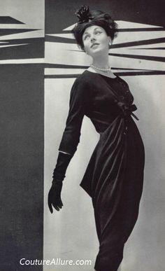 Couture Allure Vintage Fashion:  Balenciaga - 1956