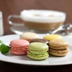 Macarons you can order and have shipped for Christmas!! Yum!!! http://thestir.cafemom.com/food_party/164826/5_irresistible_foodie_gifts_youll?utm_medium=sm&utm_source=pinterest&utm_content=thestir