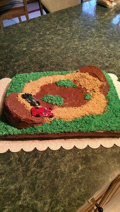 Dirt track race cake