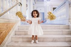 Timeless Museum Wedding with Pops of Gold: http://www.stylemepretty.com/2014/09/09/timeless-museum-wedding-with-pops-of-gold/ | Photography: Sarah Culver - http://www.sarahculver.com/