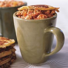 http://www.rachaelraymag.com/recipes/rachael-ray-magazine-recipe-search/soup-recipes/buffalo-chicken-chili-with-blue-cheese-corn-mug-toppers