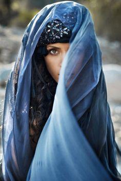 . models, lights, noemi lenoir, coiffures, editorial, suit, veil, blog, blues