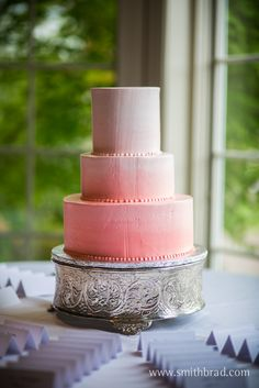 ombre, coral, pink, wedding cake, buttercream, simple wedding cake, elegant wedding cake,