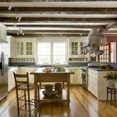Early American, Colonial, Period-Inspired Kitchen #decorating