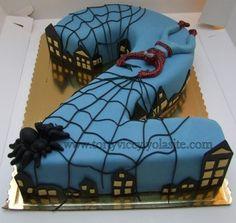 Spiderman cake zonder die dikke vieze spin!