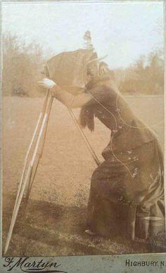 The lady photographer CDV