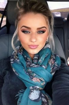 Want her scarf and eye makeup!