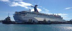 Cruise ship docking in Nassau