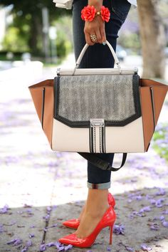 fall street fashion - great bag, pumps and bracelet