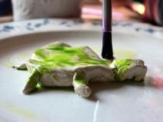 How to make your own watercolor turtles