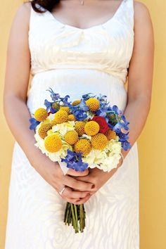 red yellow blue wedding @Alesa Murrow Vargas I love Scabiosa pods!