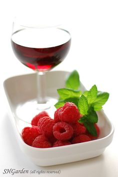 raspberry & liquor...